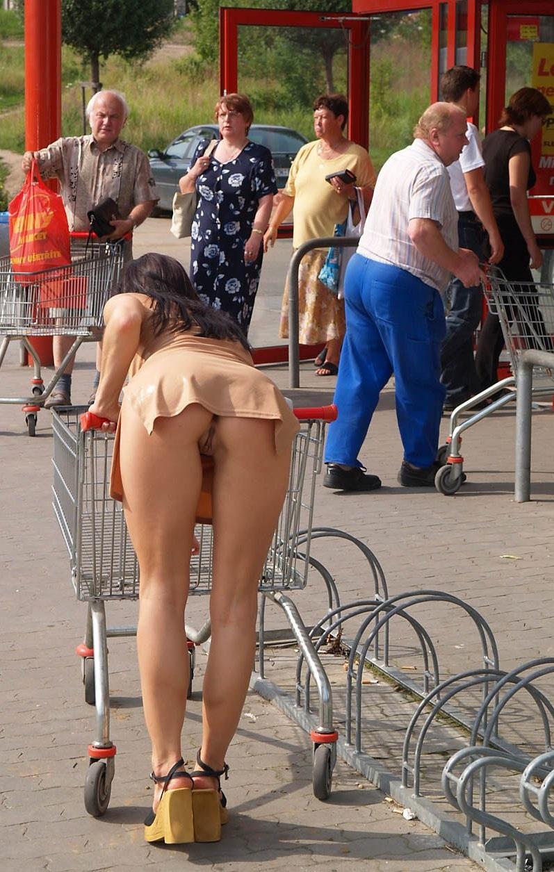 Shopping w/ no panties