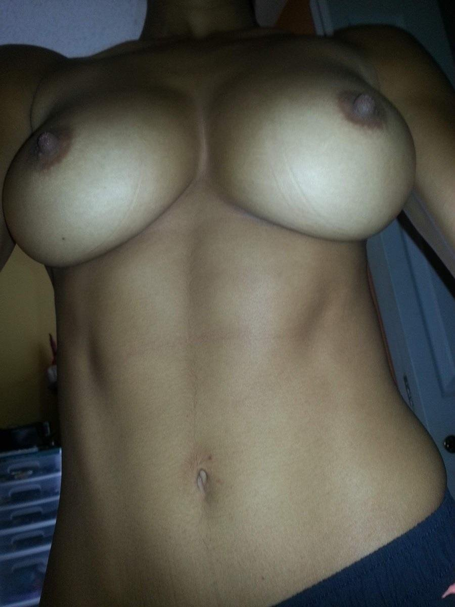 Awesome rack nice stomach