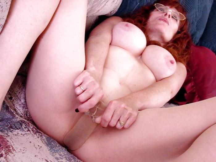 Mature redhead milf glasses in panties