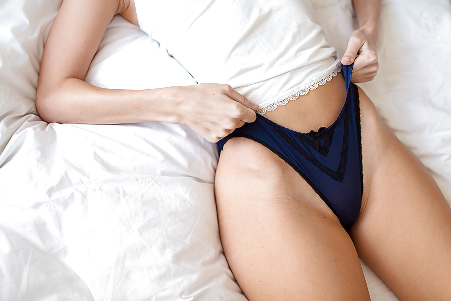 Panties & cameltoe 89