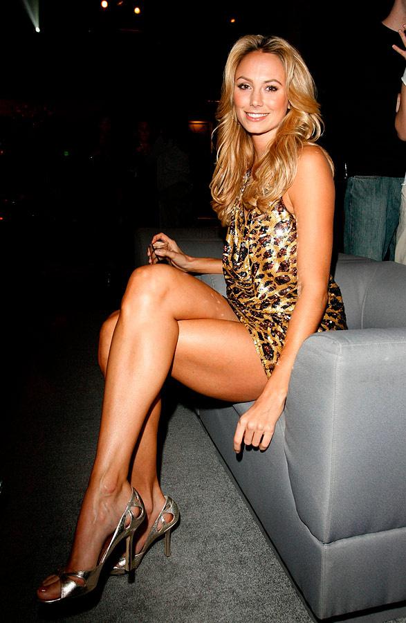 Amazing legs Stacy!