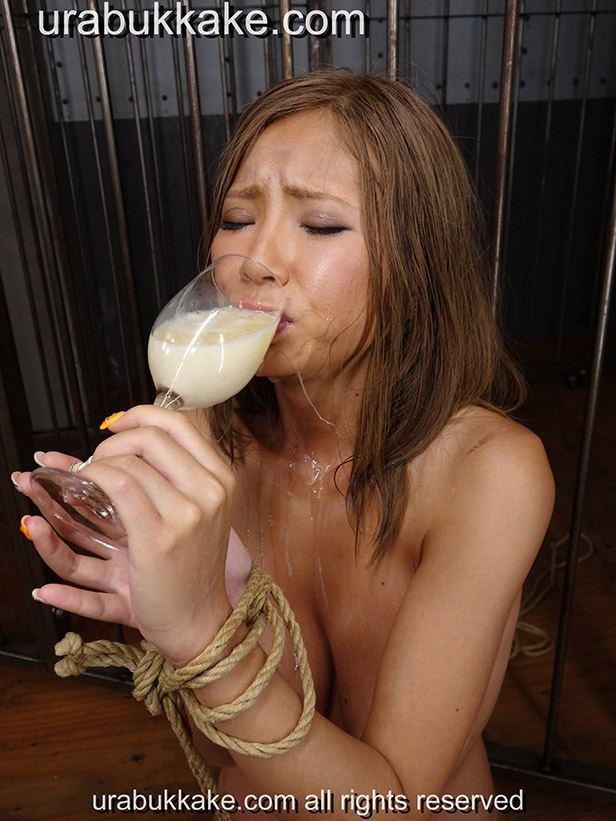 Sumire Matsu drinking cum gokkun