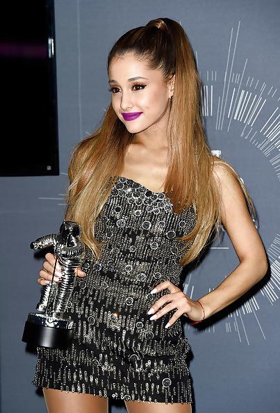 Ariana Grande VMA's part 2