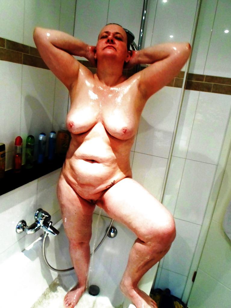 Shower und Bad