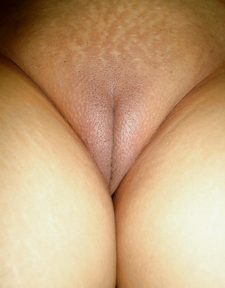 My Shaved Pussy Cameltoe KissHard