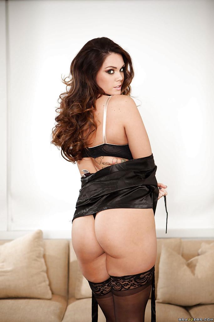 Allustrious pornstar babe Alison Tyler fondles her oiled boulders