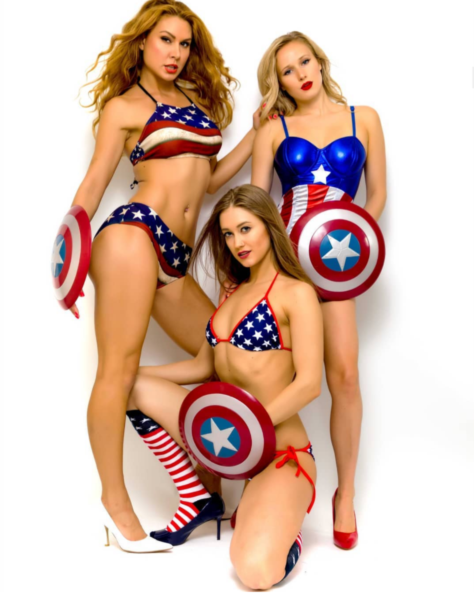 Happy 4th of July! (from some Canadian hotties)