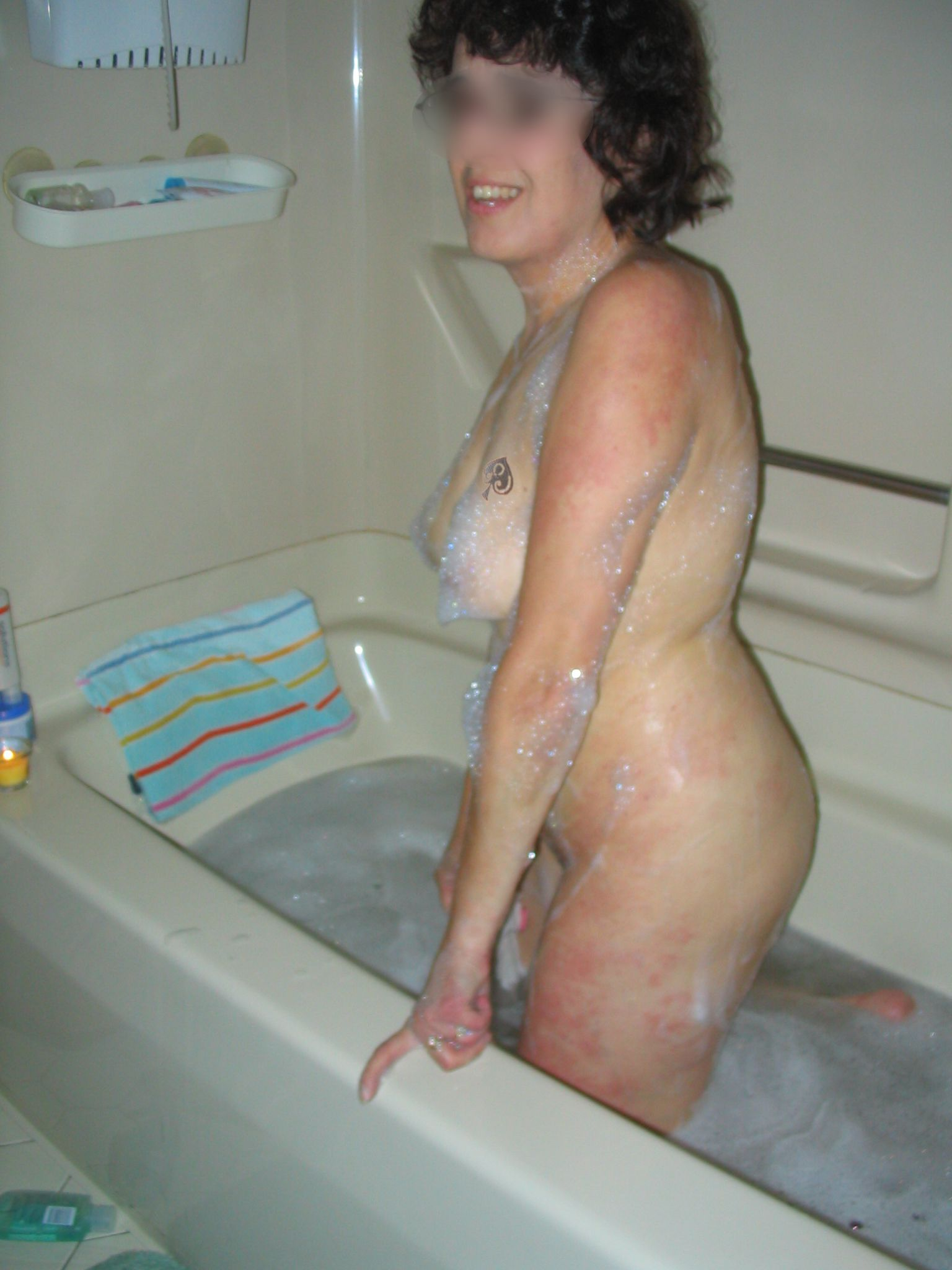 Mature MILF Mary getting clean